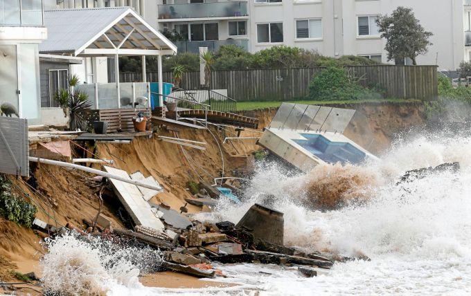 На Австралію обрушився потужний шторм (ВІДЕО)