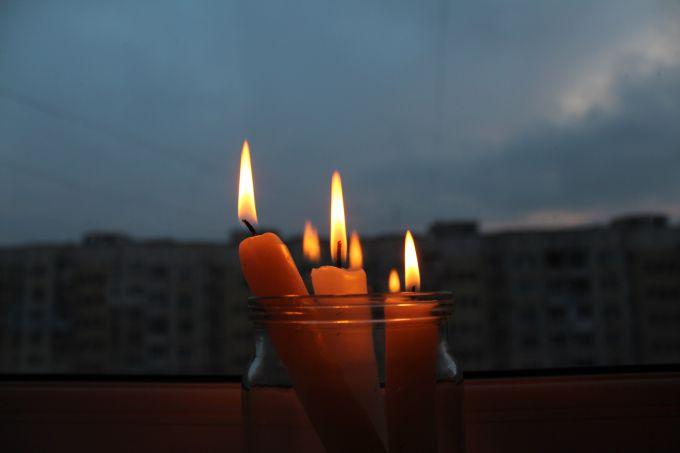 У Польщі потужний шторм: без світла близько 100 тис. будинків (ВІДЕО)