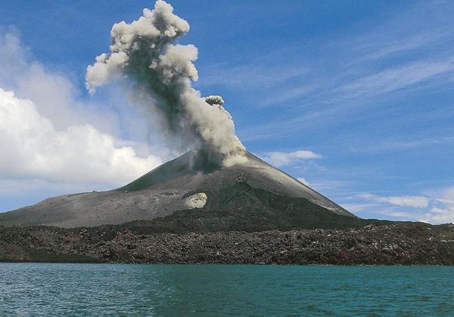 Вулкан Фуего в Гватемалі наробив шкоди жителям