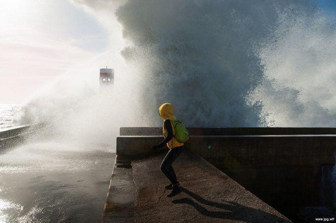 5-метрові хвилі