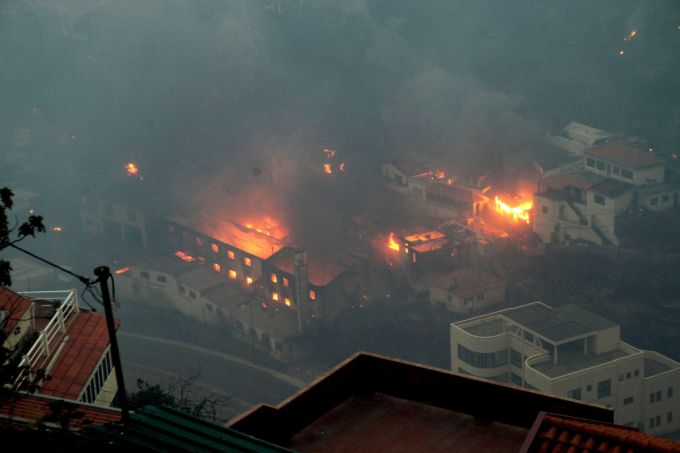 Острів Мадейра у вогні, 3 людини загинули (ВІДЕО)