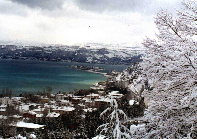 У Туреччині випав сніг (ФОТО,ВІДЕО)
