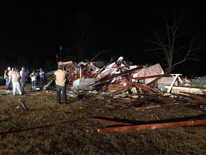 Торнадо зруйнував американський штат Джорджія (ВІДЕО)