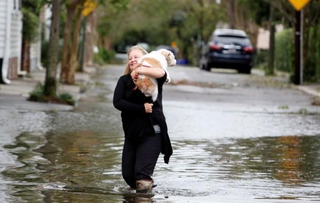 15420113-foto-posledstvij-uragana-metyu-v-charls.jpg (62.13 Kb)