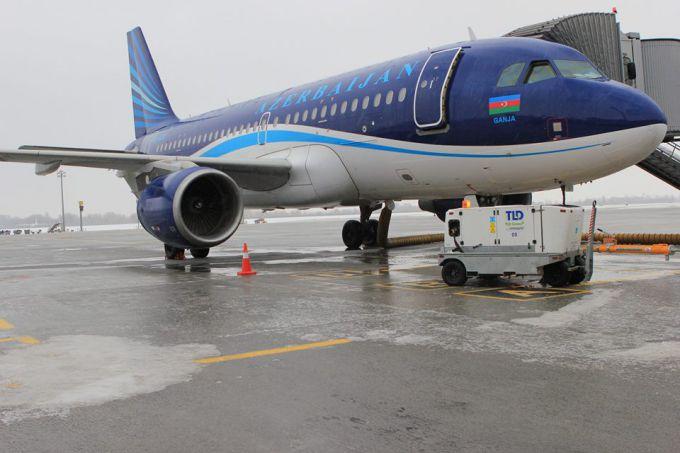 16060644-izza-nepogody-aeroporty-borispol-i-kiev.jpg (46.02 Kb)