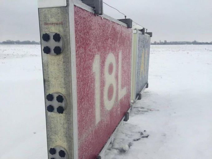 16060650-izza-nepogody-aeroporty-borispol-i-kiev.jpg (39.99 Kb)