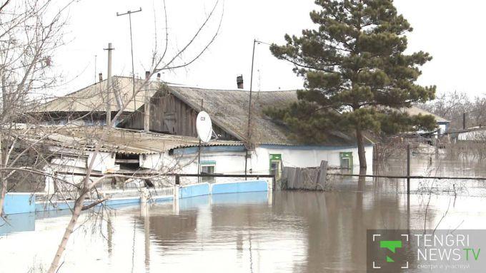 Схід Казахстану йде під воду (ВІДЕО))