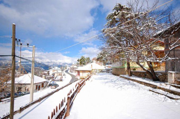 В турецькій курортній Анталії вперше за 20 років випав сніг (ФОТО)