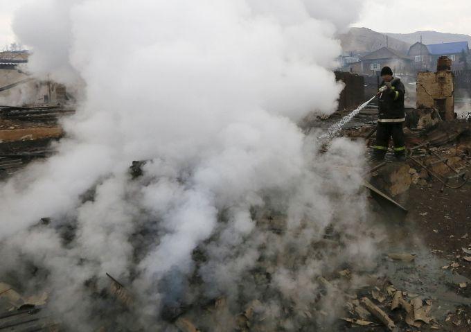 В Сибірі через підпали трави вже 23 загиблих (ВІДЕО)