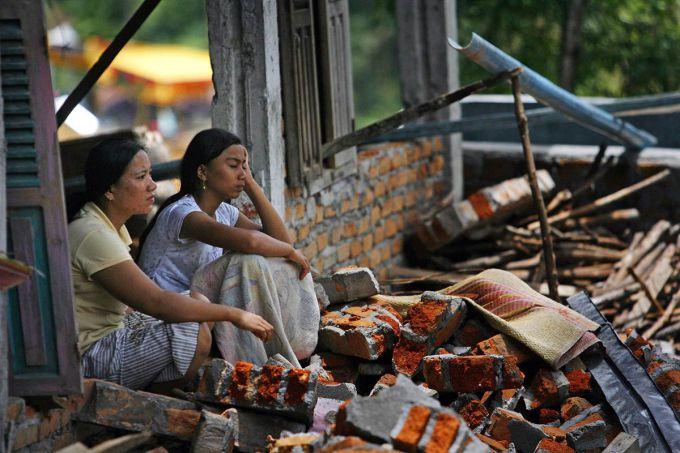 45 тисяч бездомних через землетрус на Суматрі