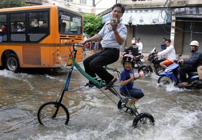 Повінь в Таїланді (ВІДЕО)