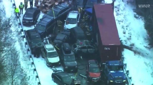 Через снігопад в американському штаті Нью-Гемпшир сталося зіткнення 35 автомобілів. Відео