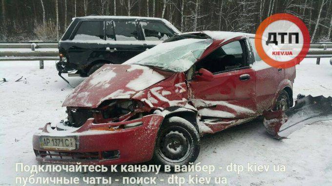 9065_162507-masshtabnoe-dtp-na-borispolskoj-trasse-.jpg (63. Kb)