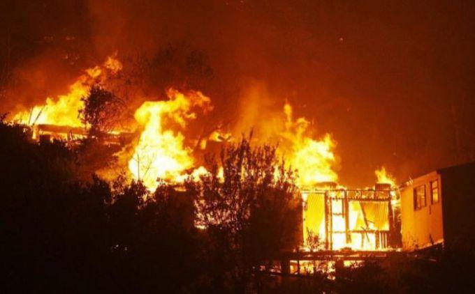 У Чилі вирують великі лісові пожежі