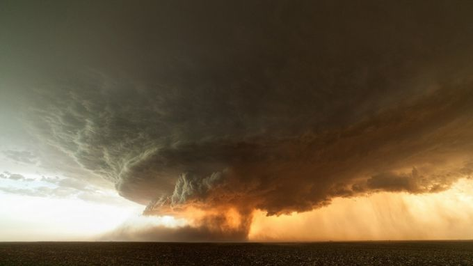 Хмара-торнадо над Туреччиною (ФОТО)