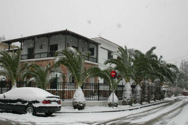 Сніг у Греції закрив школи