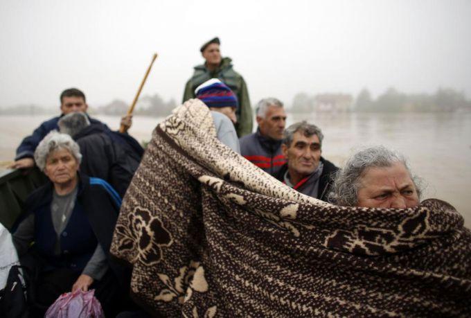 Повінь у Казахстані змусила покинути свої будинки 15 тисяч людей