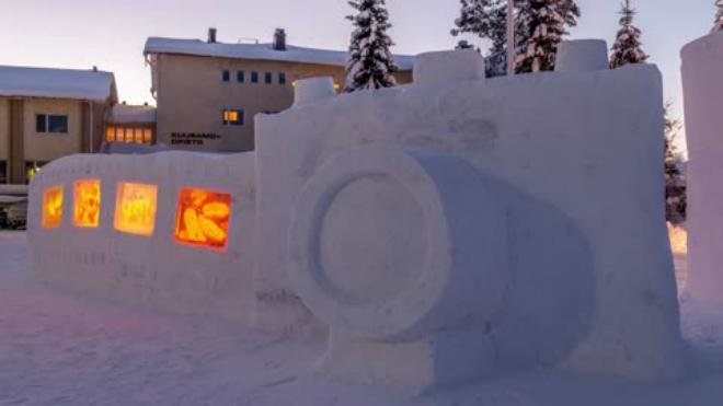 У Фінляндії створили фотоапарат з 30 тон снігу