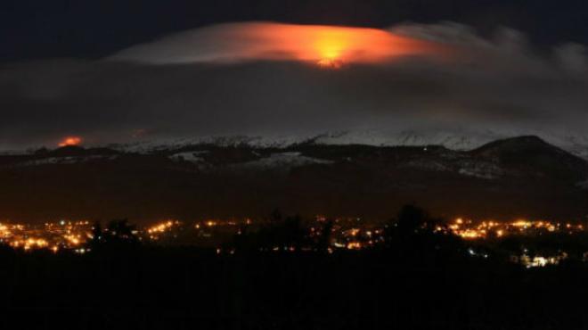 Вулкан Етна почав плюватися лавою (ВІДЕО)