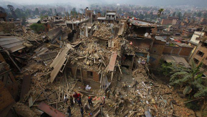 Число жертв в Непалі перевищило 5500