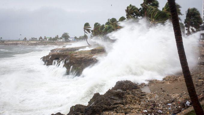 Страшний циклон зруйнував Фіджі (ВІДЕО)
