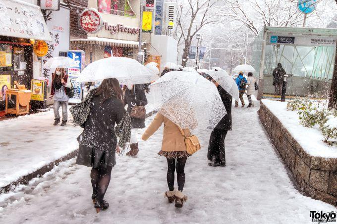 У Токіо вперше за 54 роки випав сніг в листопаді